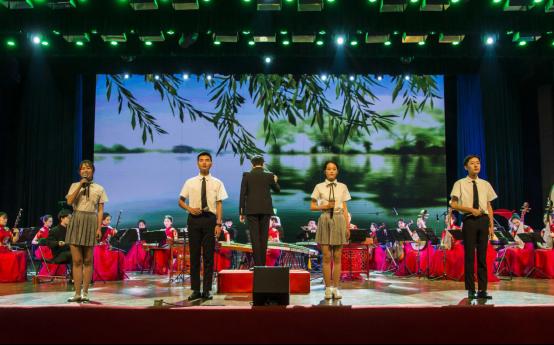 云南大学举办纪念改革开放40周年新年民族音乐会