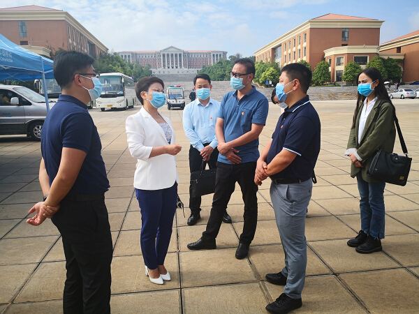 团省委领导到校调研学生返校情况和疫情防控志愿服务工作